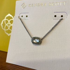 Kendra Scott Flower Girl Necklace